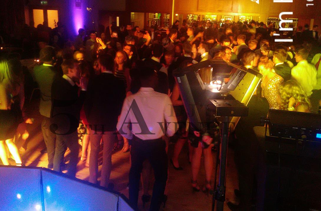 5th Avenue DJs Wedding Bands
